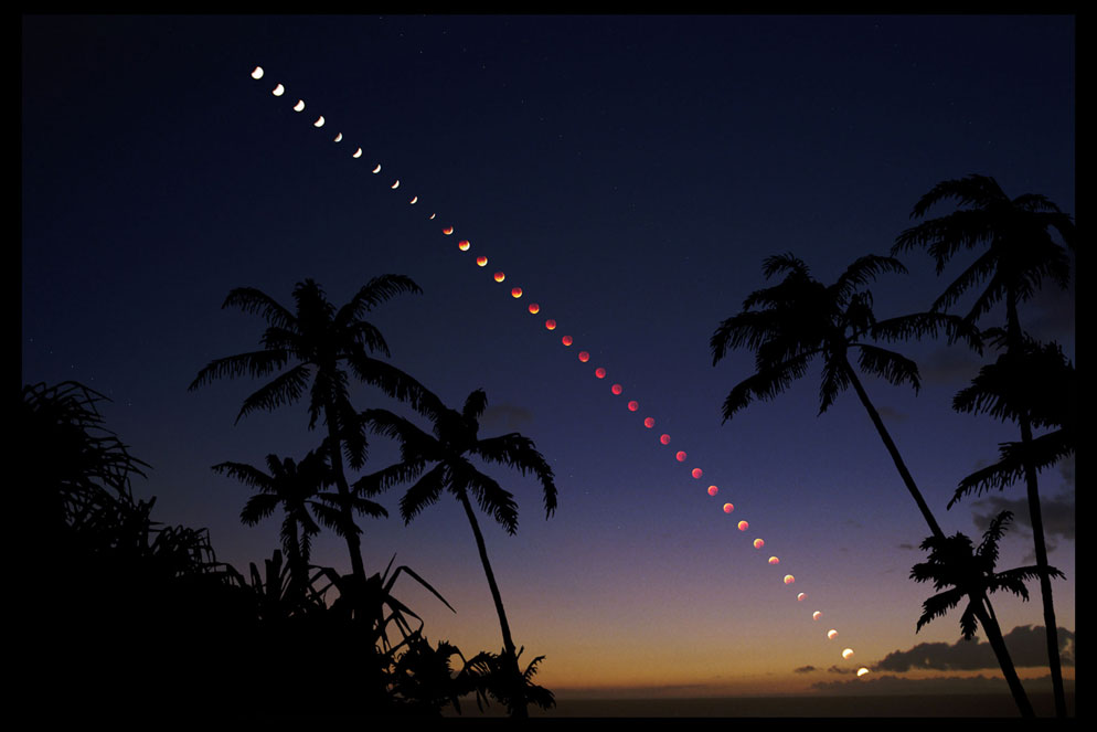 Fred Espenak multiple exposure of lunar eclipse over Maui, Hawaii