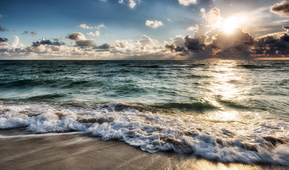 One Shot On The Beach Deborah Sandidge Shooting Ocean Waves From Nikon